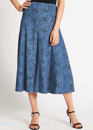 Джинсовая юбка в цветочный принт 22/56-58 размера