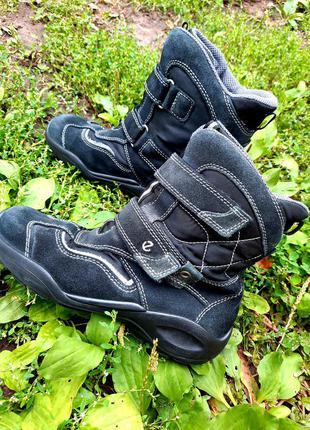 34- 35 р.  ecco. тёплые ботинки. демисезонные ботинки.
