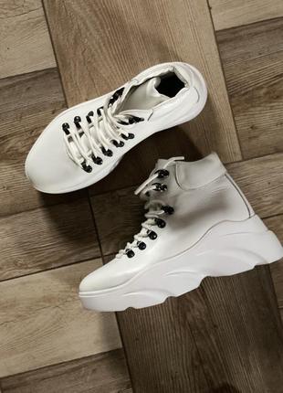 Белые кожаные ботинки, с натуральной кожи, с 36 -41 р