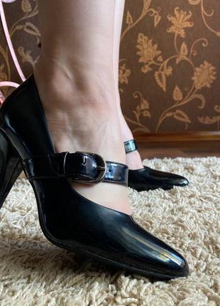 Балетки, туфли на каблуках, лаковые туфли от centro