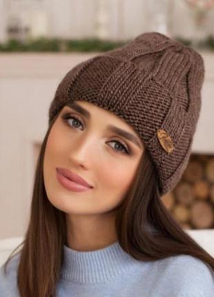 Классная стильная тёплая шапочка
