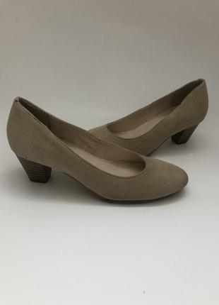 Замшевые туфли pier one, бежевый цвет, германи.