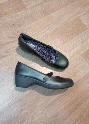 Бомбезные туфли