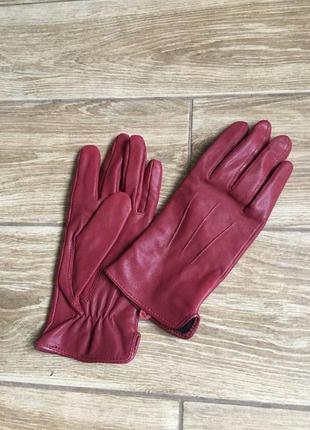 Кожаные бордовые перчатки новые не ношены, без бирки, на байке