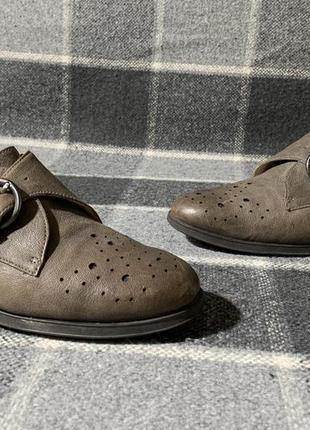 Женские кожаные туфли монки clark's