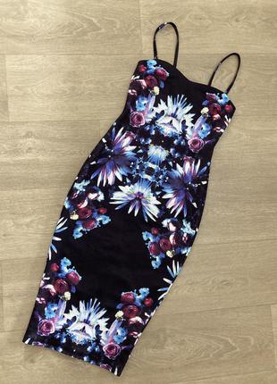 🍀великолепное эффектное платье с цветами ax paris