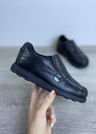 Мягкие качественные туфли на резинках! kickers
