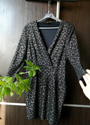 Красиво  платье сукня. фактурная ткань. мягенькое. вискоза