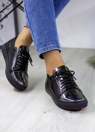 Чёрные кожаные кеды кроссовки