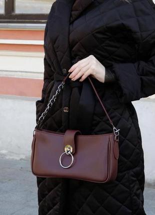 Бордовая сумка багет на плечо кроссбоди