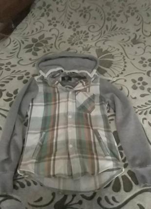 Теплая рубашка с капюшоном
