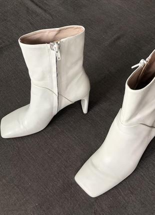 Белые кожаные ботинки mango. 37(24,5)