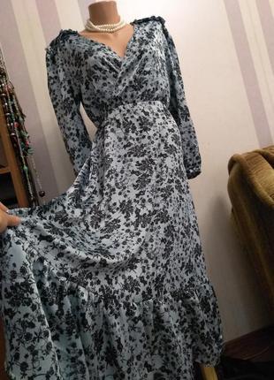 Красивейшее платье миди длинное с рюшами