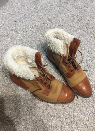 Отличные утеплённые кожанные ботиночки