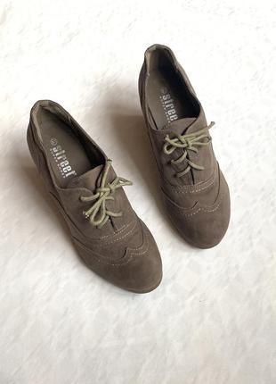 Туфли ботинки ботильоны на шнуровке