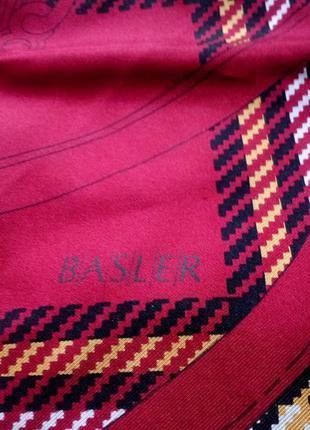 Basler шёлковый платок,шов роуль.