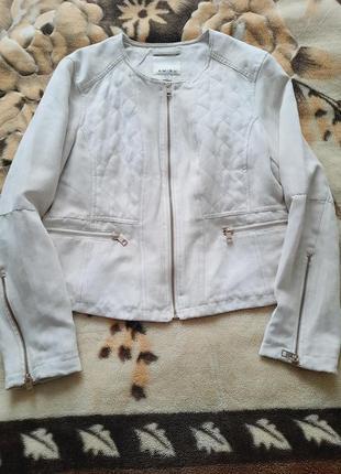 Велюрова брендова курточка