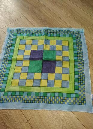 Шейный шелковый платок
