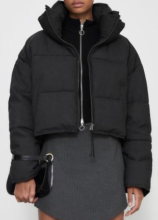 Укорочённая зимняя куртка zara
