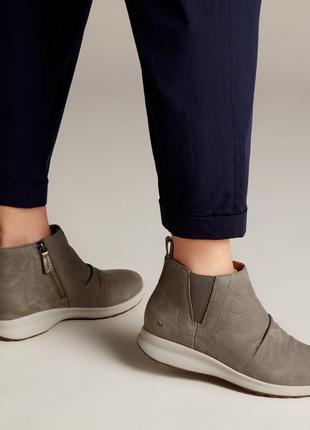 Clarks женские нубуковые ботинки р. 38.5, 39 оригинал