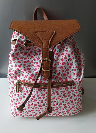 Рюкзак новый прогулочный на затяжках