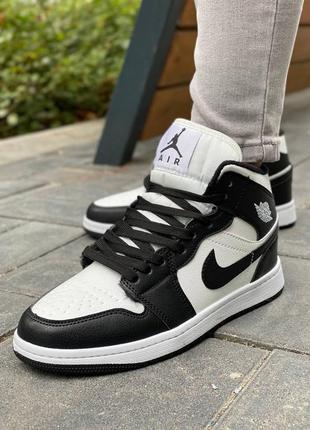 Nike air jordan 1 retro 🍏 зимние женские кроссовки найк джордани с мехом