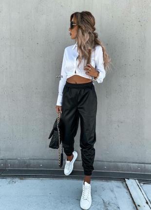 Женские брюки, чёрные брюки, кожаные брюки