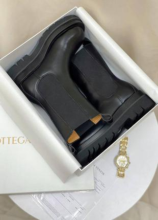 Ботинки кожаные bottega veneta lug