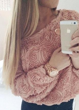Актуальная 3д блуза lookbook store