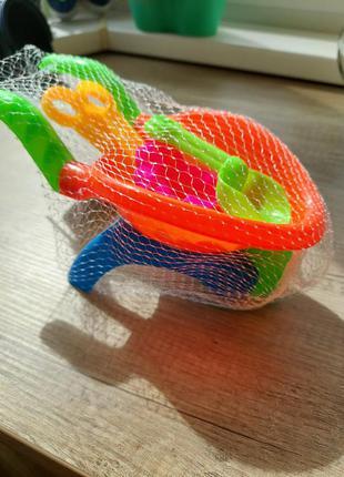Набор игрушек в песочницу