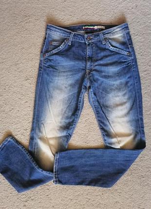 Классные джинсы бойфренды италия please, в идеале