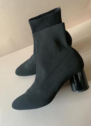 Zara ботинки носки на каблуке