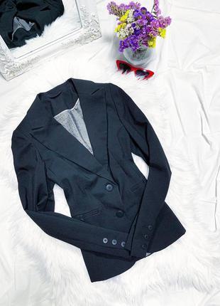 Чёрный классический пиджак по фигуре 😍