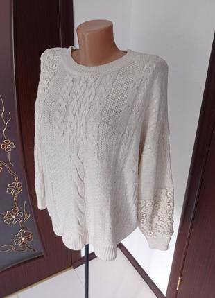 Красивый свитер цвета айвори большой размер 16-18р.