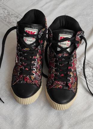 Демисезонные ботинки кеды