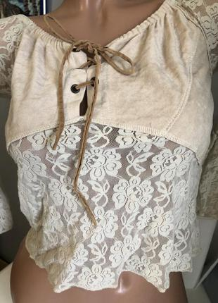 Кружевная блуза с замшевой вмтавкой