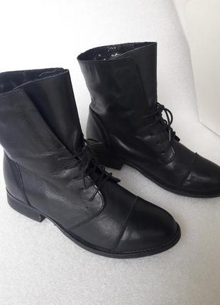 М'які шкіряні утеплені  чобітки черевики 36 р. як нові