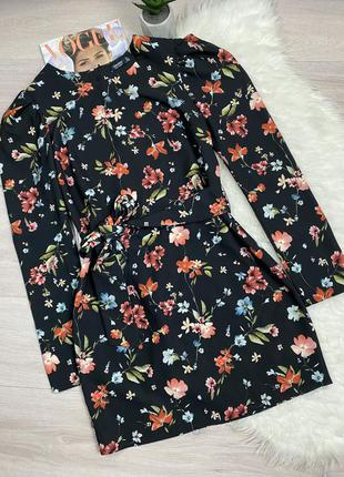 Платье в цветочный принт bershka