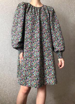 Хлопковое платье в цветочный принт с объемными рукавами буфами