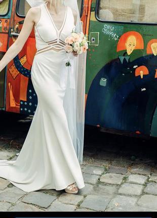 Платье на свадьбу или роспись, выпускной