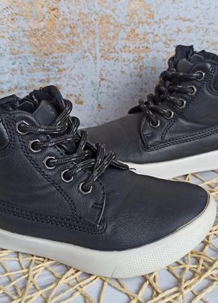 Демисезонные ботинки rebel 24 размер