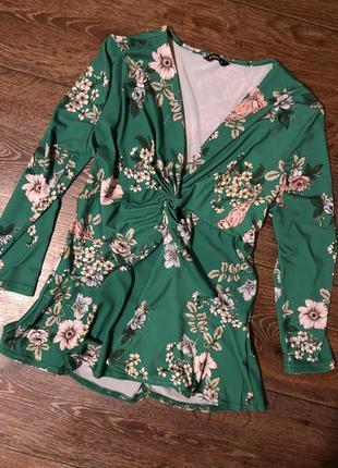 Стильная блузка-кофта