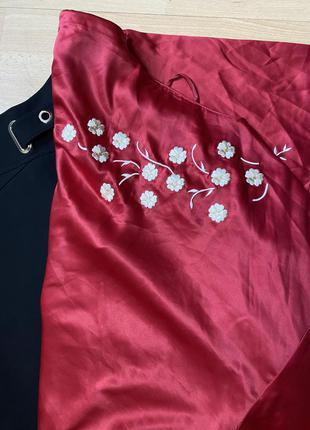 Красная блузка батал с вышивкой next