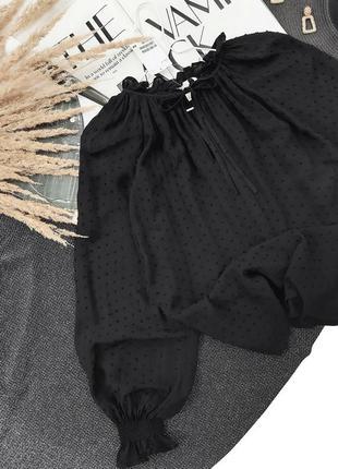 Блузка в фактурный горошек свободного кроя h&m