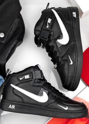 Чорні жіночі високі кросівки