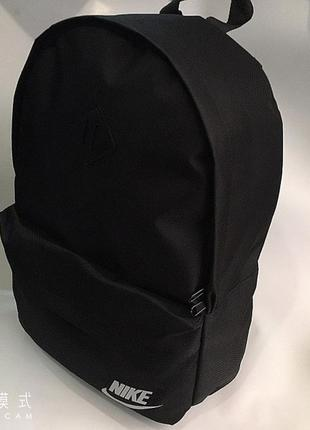 Новый черный портфель, рюкзак