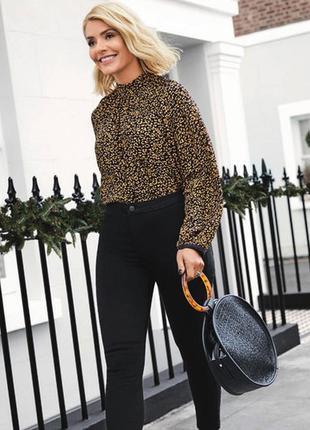 Блузка в леопардовый принт вискоза marks & spencer