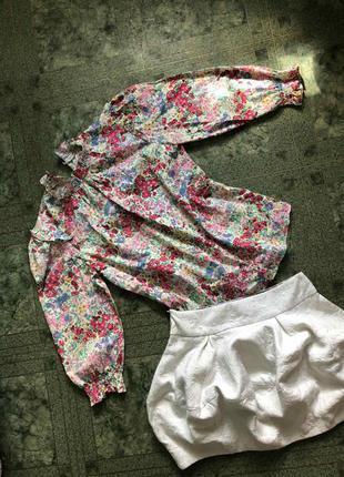 Блузка с трендовыми пышными рукавами