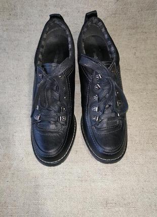 Черные аккуратные ботинки ботильоны graceland.