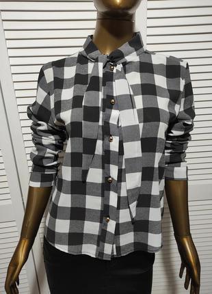 Клетчатая блузка рубашка с завязкой